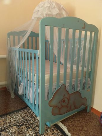 Продам детский  манеж кровать