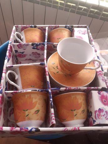Чаен порцеланов сервиз