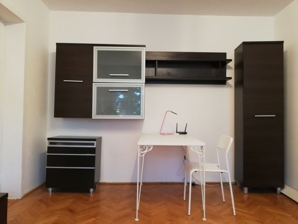 Apartament 3 camere Aleea Carpati - 10 minute de centru