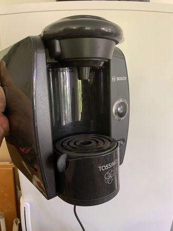 Кафе машина Bosch Tassimo.