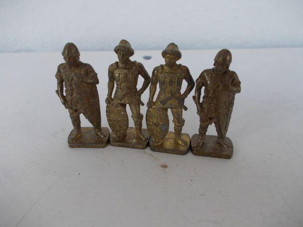 Soldati Kinder din metal - huni
