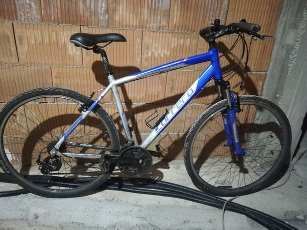 Vând bicicleta Carrera cu roti de 28