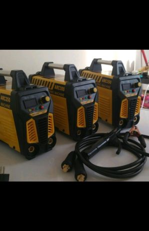 Invertor de sudura 250,300, 320, 350, 450 Amperi IGBT Uralmash +Mască