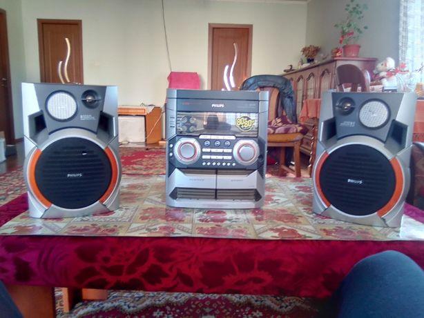 Combina Muzicala Phillips FW-C355 Mini HI-FI