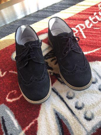 Vând pantofi copii