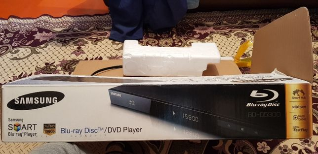Продам DVD-плеер Blu-Ray Samsung BD-D5300