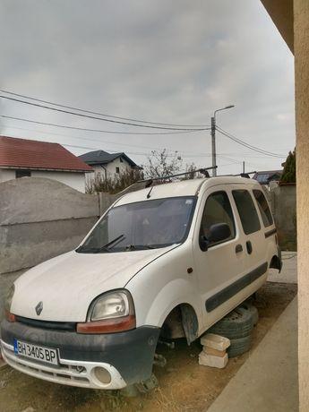 Dezmembrez Renault kango