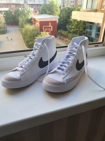 Оригинальные Nike blazer 77 mid 40 размер