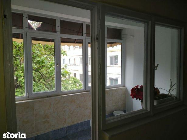 Apartament etajul 2 , 3 camere, decomandat, Ghe Petrascu, Tecuci
