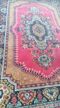 Продаются  ковры