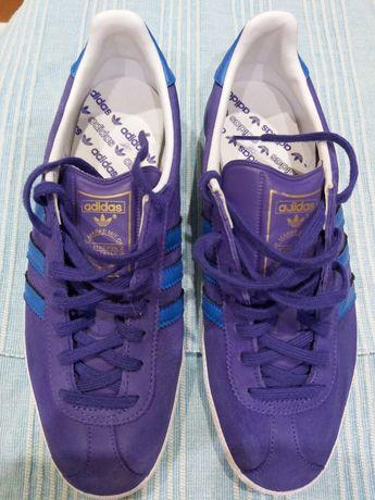 Vând adidasi firma Adidas Gazelle