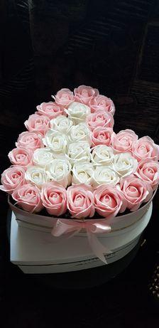 Aranjamente trandafiri parfumati