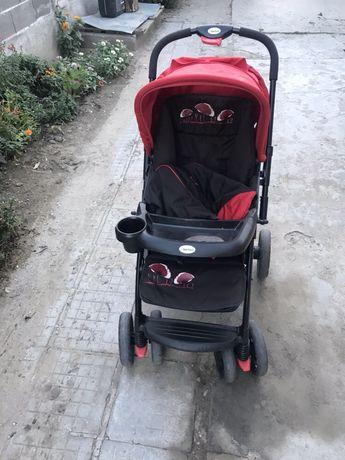 Бебешка количка Бертони