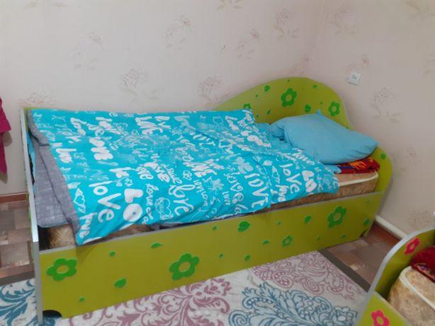 Детская кровать 2 штуки