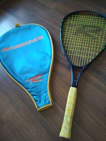 Ракета за тенис Rossignol и топки за тенис