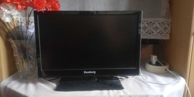 Срочно продам телевизор elenberg