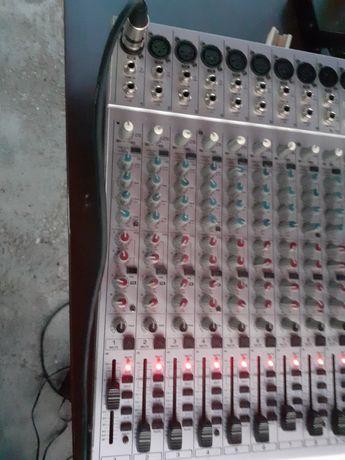 Mixer behringer 2442FX-PRO