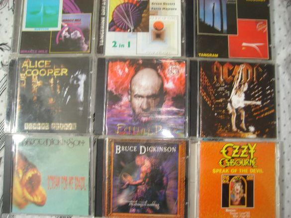 Продавам матрични компактдискове