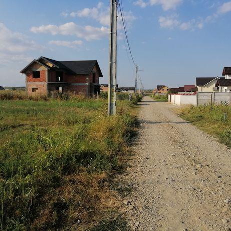 Loc de casa  Maracineni zona Primarie, str. ȘCOLII