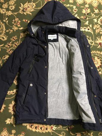 Куртка сатылады ер балага 10-13 жаска келеди