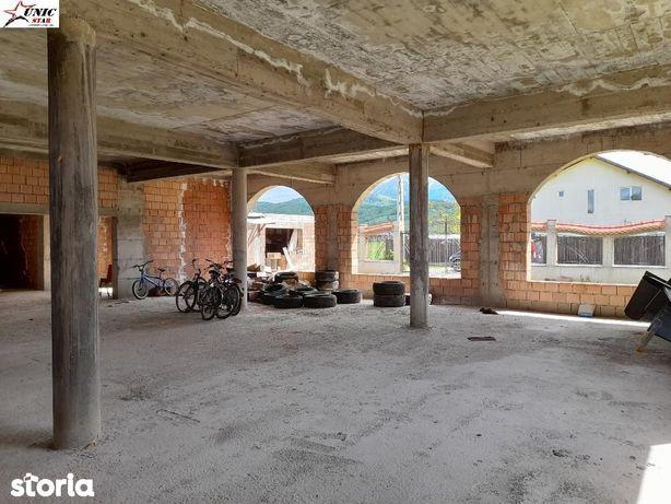 Casa in constructie Rasnov, Glajerie