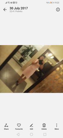 Лятна светло розова рокля на HM, размер С, неразтеглива, с цип на гърб