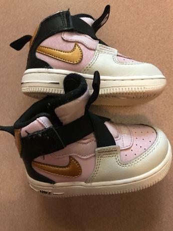 Страхотни Nike Air Force