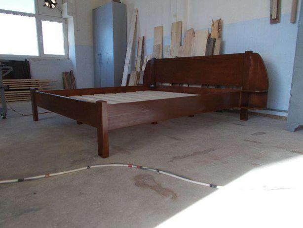 TRANSPORT GRATUIT.Pat lemn masiv cod 204