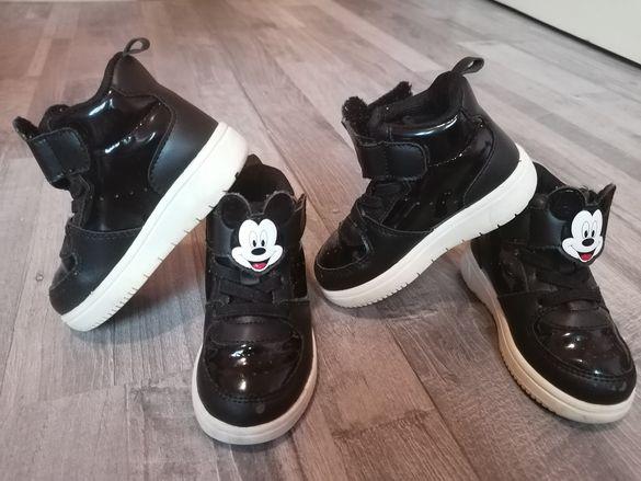 Обувки за близнаци, номер 22 Nike, hm