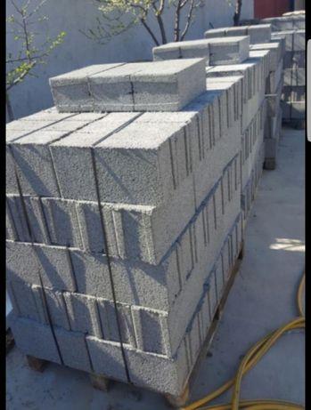 Boltarii beton
