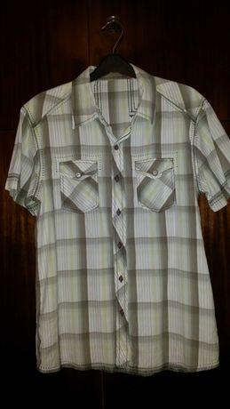 Мъжко-юношеска  риза, материя-памук, размер М.