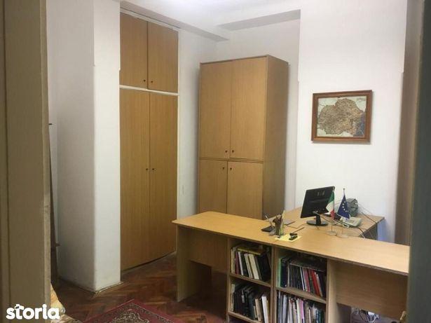 Apartament cu 1 camere de vânzare în zona Ultracentral