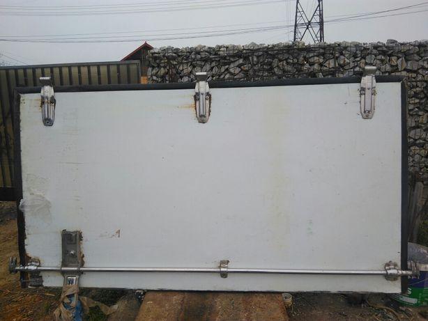Ușa  cub frigorific oblon aluminiu