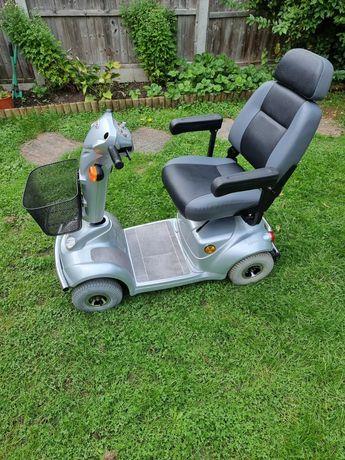 Scuter Electric pentru persoane in varsta sau cu dezabilitati .