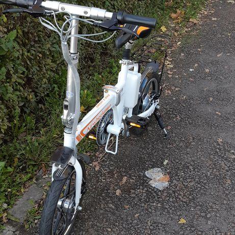 Bicicleta electrica pliabila,aplicatie telefon,aparatori roti,stop