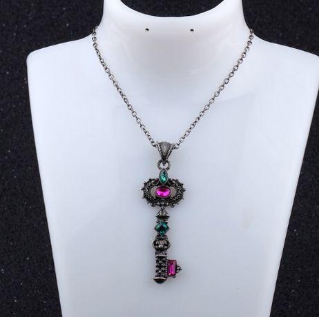 Pandantiv superb magic CHEIE cu cristale roz/verde deosebit+lant bonus