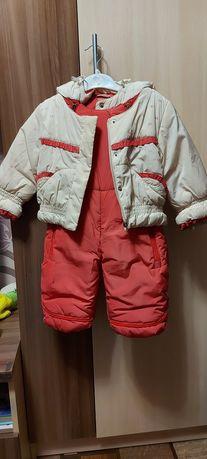 Продам недорого зимний комбинезон на девочку 74 см за 5000 тенге