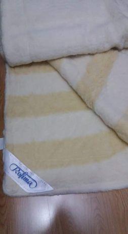 Vând pătura si pătură lână noi