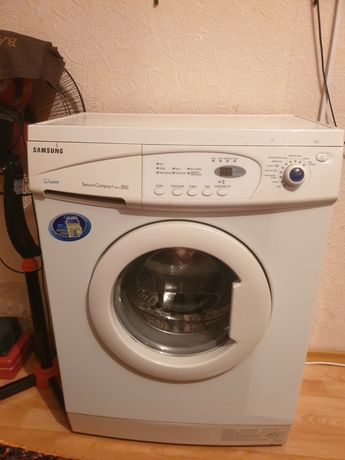 Продам стиралку автомат