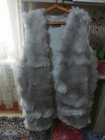 Меховая жилетка размер 44-48