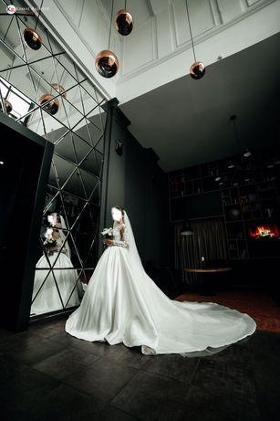 Продам свадебное платье известного бренда Milla Nova