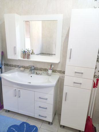 Продается мебель для ванной.
