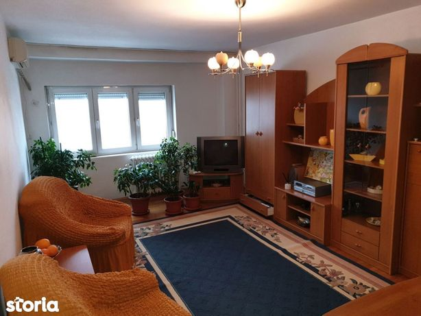 Apartament 3 cam dec Bd Unirii- Nerva Traian an 90 sup 82 mp ID 13073