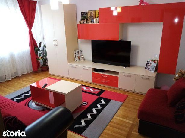 Apartament 2 camere decomandat,57 mp+balcon 4 m,Deva-zona Miorița