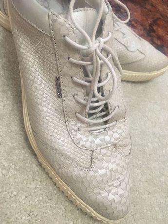 Обувки Geox woman