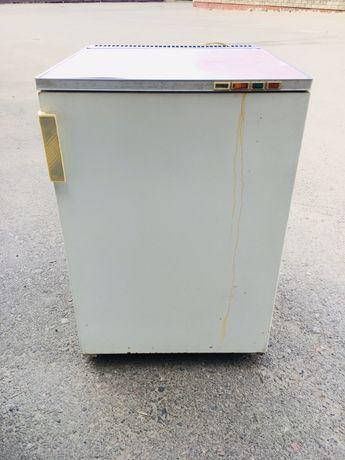 Холодильник морозильник бирюса в рабочем состояний возможна доставка