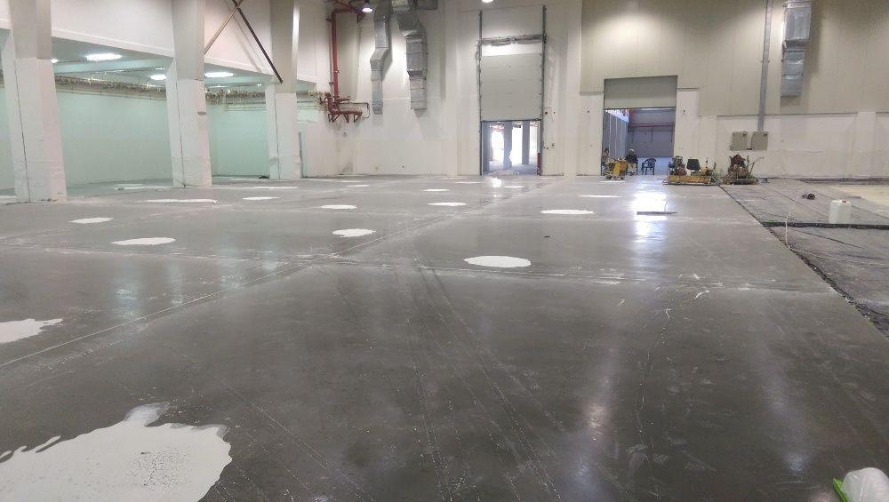 Pardoseli industriale din beton elicopterizat sau rasini epoxidice Iasi - imagine 1