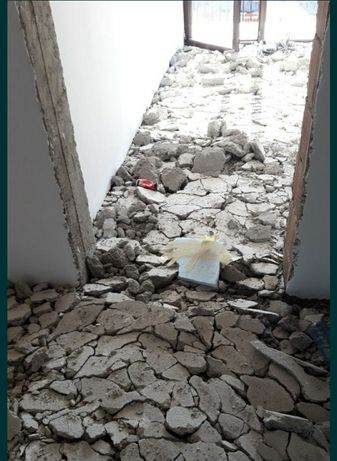 Decopertare gresie faianta parchet - Spargem  șapă si placa de beton