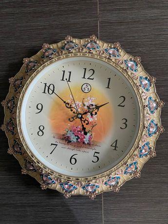 Продаются настенные часы в Астане
