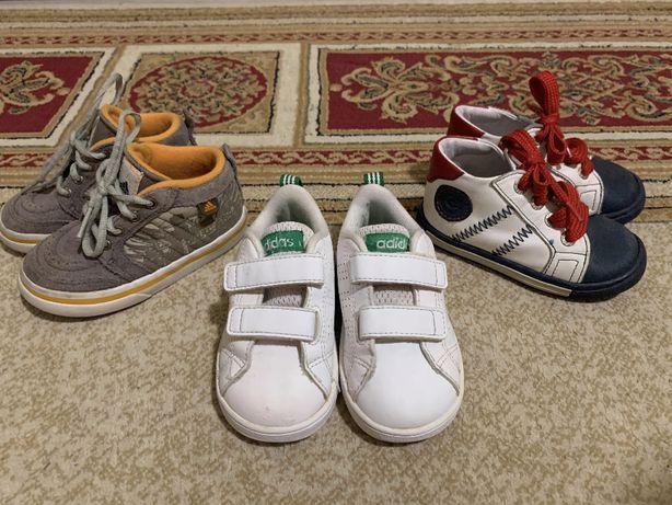Lot incaltaminte Adidas marimea 21 ( 13,5 cm )